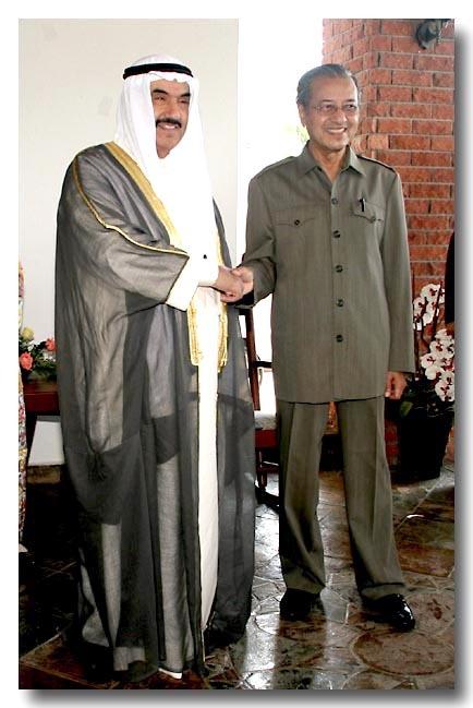 tun-dr-mahathir-and-kuwaiti-pm.jpg
