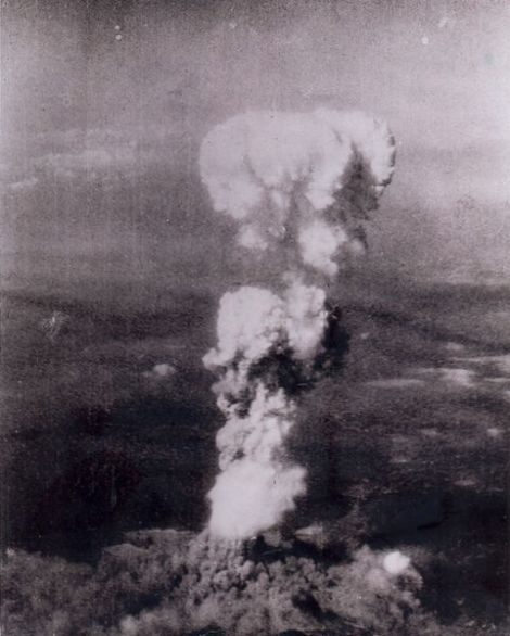 481px-atomic_cloud_over_hiroshima.jpg