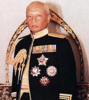 hrh-sultan-ahmad-shah.jpg