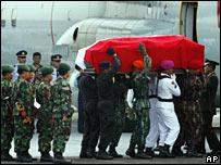 suharto-funeral-ii.jpg