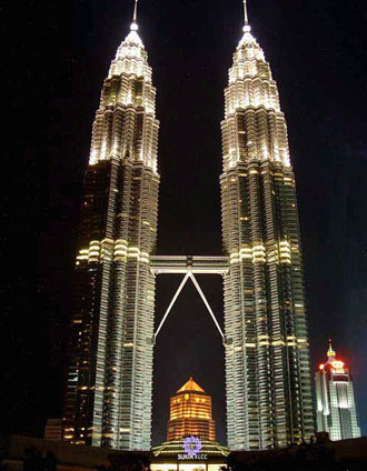 kuala_lumpur_petronas_twin_towers_4