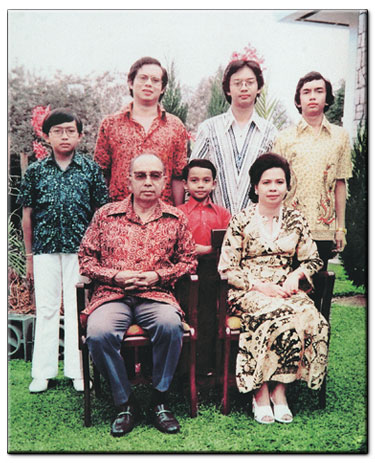The father of affirmative action NEP Malaysia and his five boys