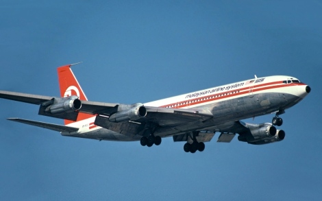 Malaysia Airlines System (MAS) B707-236, started intercontinental service to London Heathrow on 1 July 1974