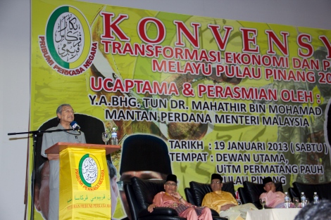 Tun Dr Mahathir Mohamad berucap di Permatang Pauh