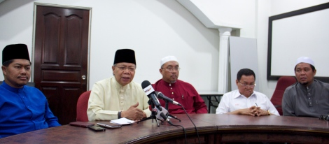 Joint Malay NGO media conference strongly condemning Apostolic Nuncio to Malaysia Archbishop Joseph Marino