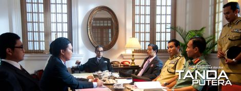 Scene in 'Tanda Putera' depicting the NOC presided by Tun Razak as the Director, is in session
