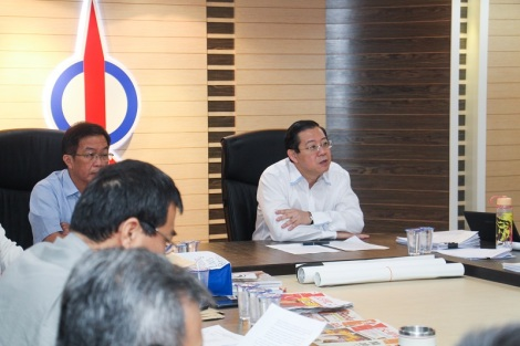 DAP secretary-general Lim Guan Eng says DAP has decided yesterday to end ties and cease to work with PAS president Datuk Seri Abdul Hadi Awang. – Pic courtesy of DAP, March 24, 2015.
