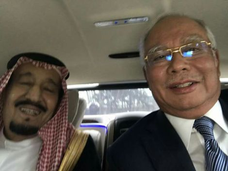 Prime Minister Najib posted a selfie with King Salman in the limousine they are riding together